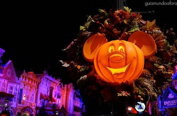 Festa de Halloween da Disney: boo!