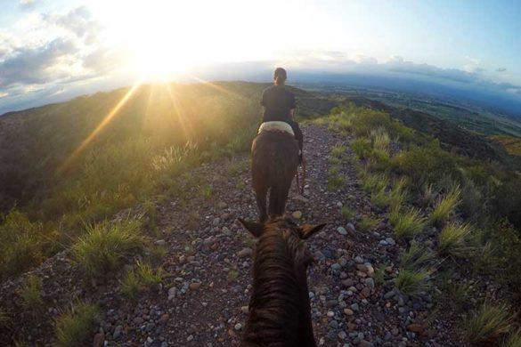 Cavalgada em Mendoza: um passeio ao por do sol
