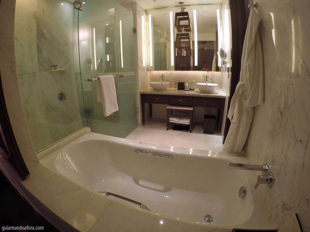 banheiro do hotel Park Hyatt Siem Reap