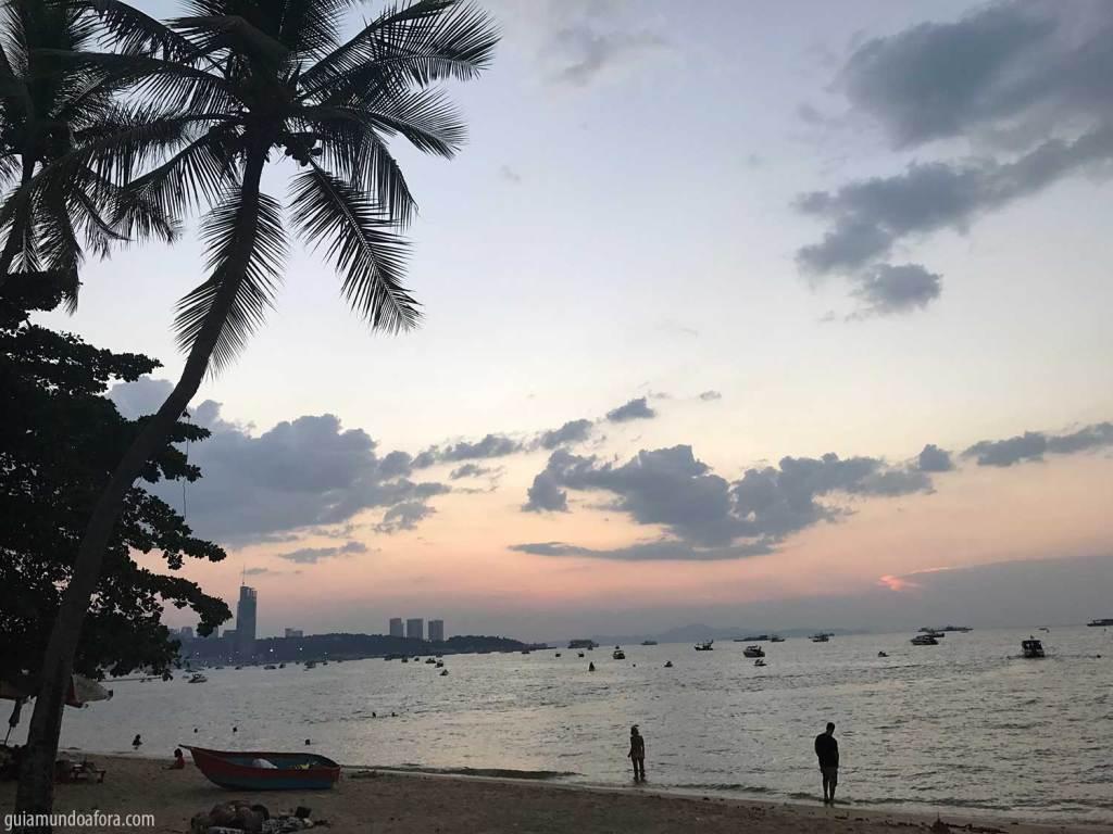 Praia de Pattaya na Tailândia