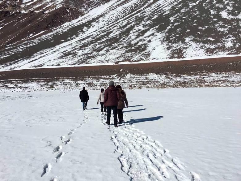 Cajón del Maipo no inverno trilha