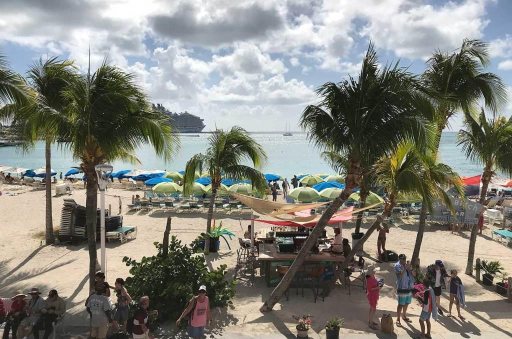 Great Bay Beach st maarten