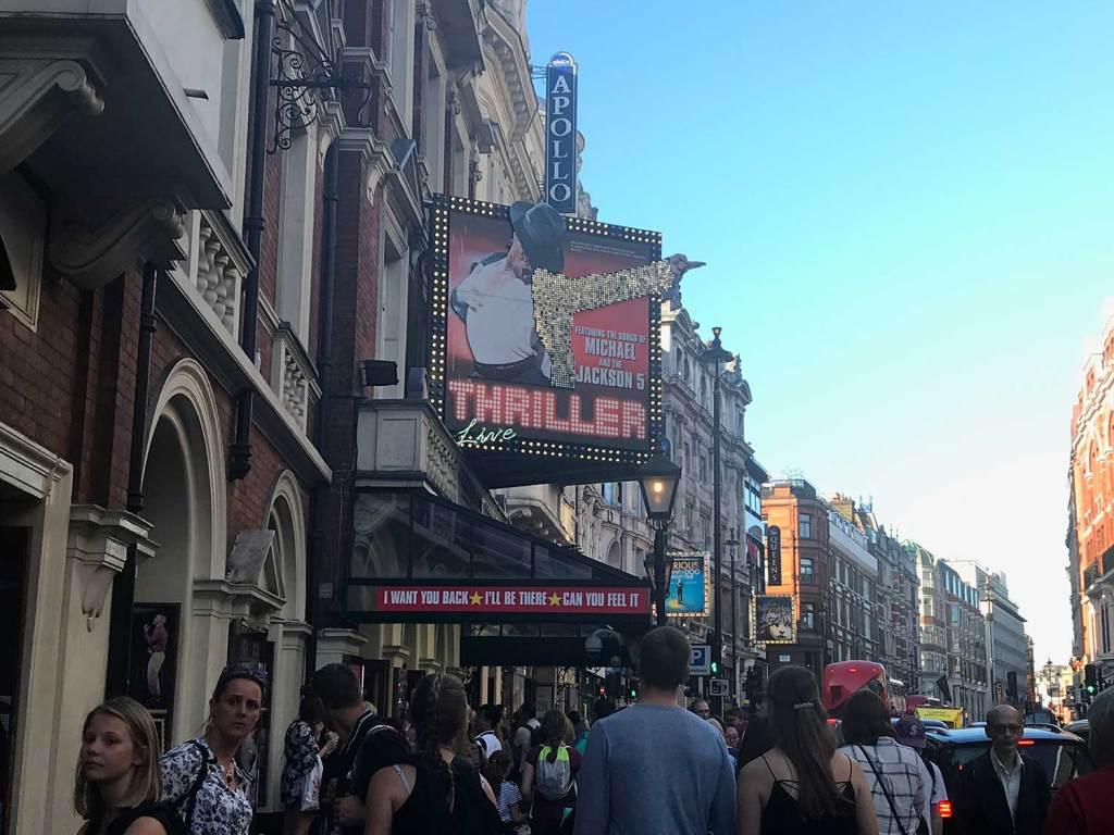 fachada Lyric Theatre do musical do Michael Jackson em Londres