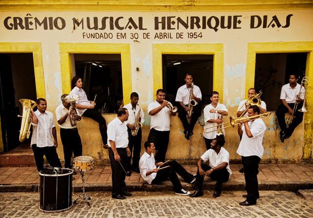 Orquestra de Frevo Henrique Dias - crédito Beto Figueroa