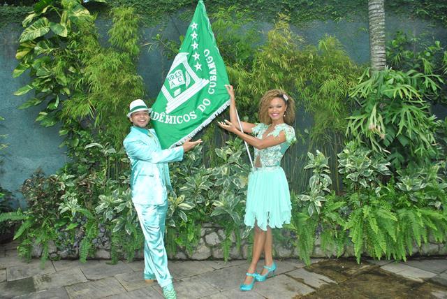 1º casal de Mestre Sala e Porta Bandeira Diego Falcão e Jack Gomes