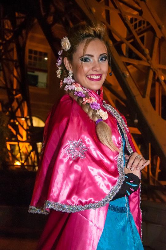 Partage Shopping São Gonçalo apresenta a peça O Arraiá da Elsa.