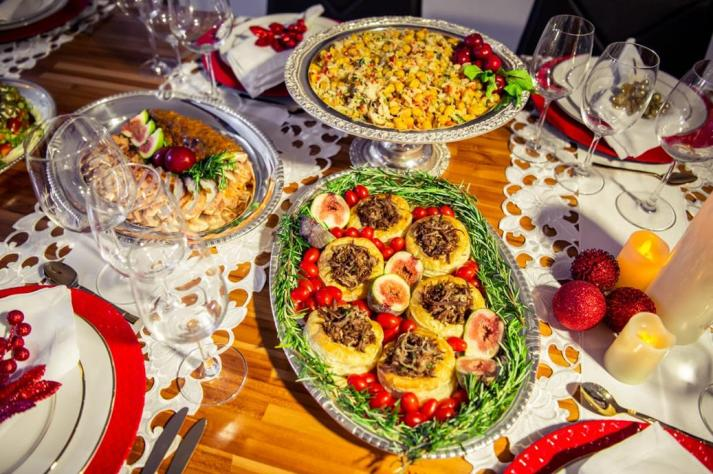 Serviço de buffet festas final de ano. D.A Gastronomia.