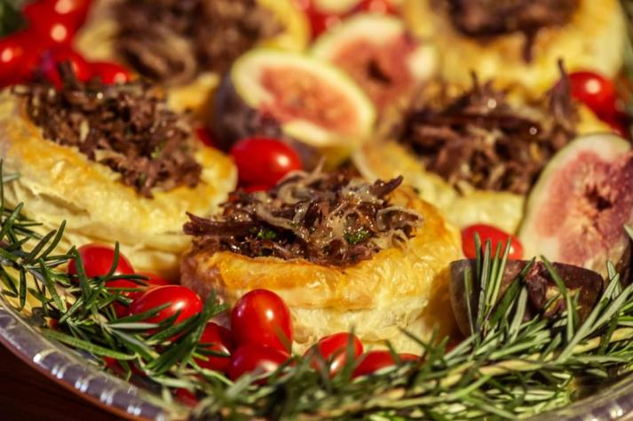 Serviço de buffet festas final de ano. D.A Gastronomia