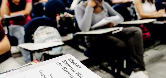 Parceria entre Senac RJ e Rede Enem oferece curso preparatório online gratuito para o Exame Nacional do Ensino Médio