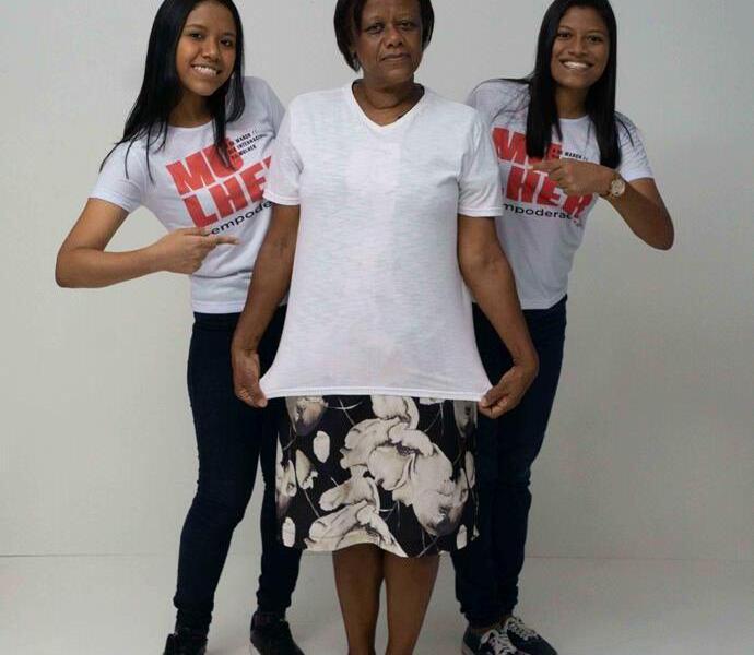 São Gonçalo Shopping -Tânia Loyola com as filhas Wendy e Mikaela