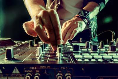 Curso DJ CEAC