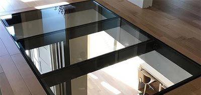Suelos de cristal pisable transparente