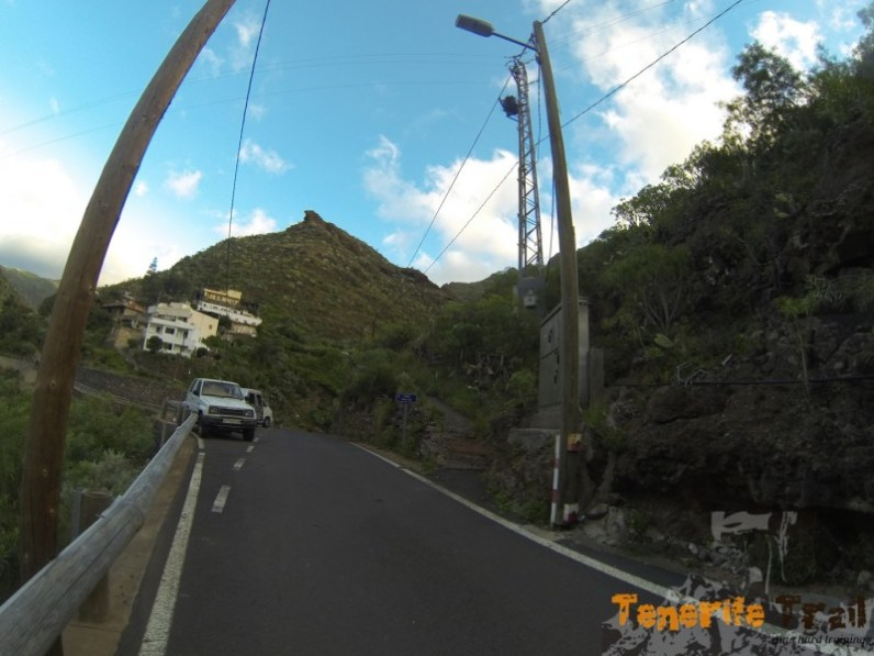 Inicio de acceso a Valle Luis