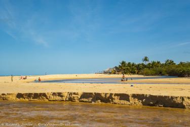 Foto da Praia dos Nativos, em Trancoso, BA – Crédito da Foto: © Ricardo Junior Fotografias.com.br