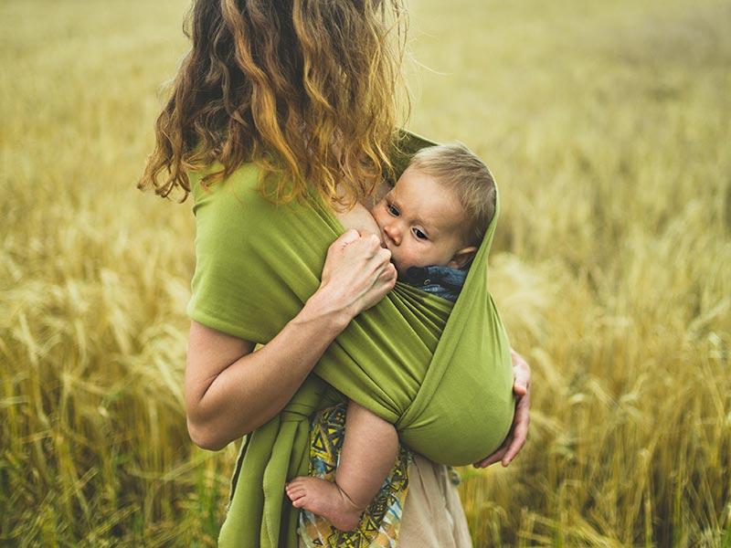posizioni-allattamento-guidabimbi-approfondimento_10-20