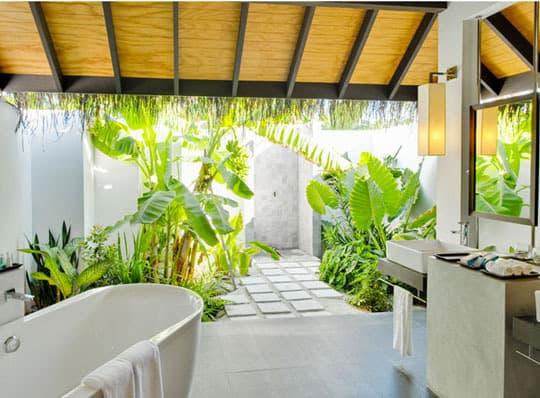 Creare un bagno esterno in giardino guida giardino - Bagni prefabbricati per esterno ...