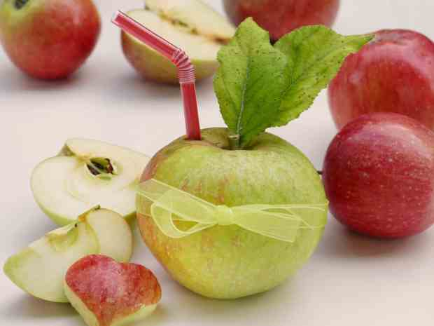 succo di mela, naturale e dalle numerose proprietà benefiche