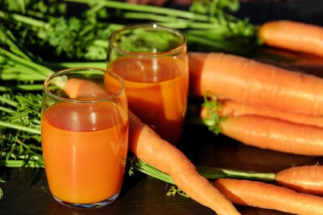 frullati d'estate da preparare con frutta e verdura