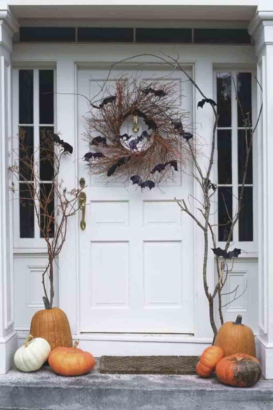 decorazioni di Halloween per la porta d'ingresso