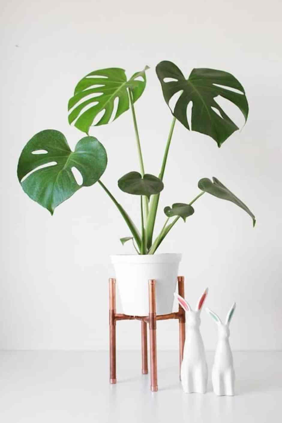 Supporto in rame per il vaso della pianta