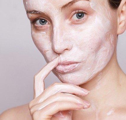 Masque pour visage fait maison: astuces et conseils