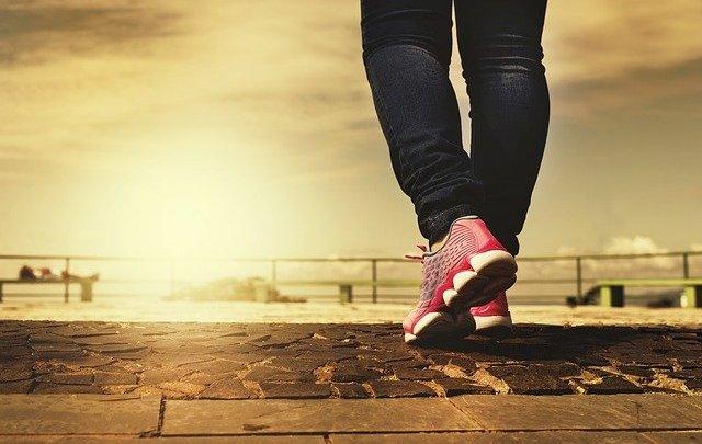Les avantages de la marche rapide sur le corps