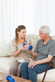 L'hospitalisation à domicile : Quels sont les enjeux ?
