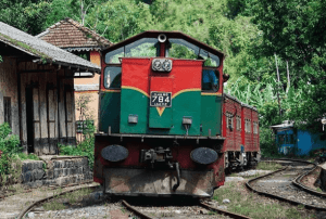 train Sri lankais