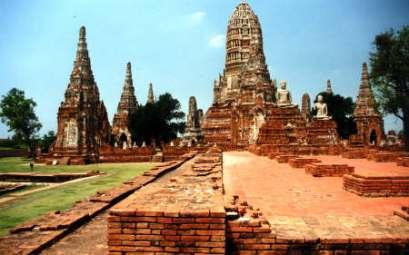 Les temples à Ayutthaya ne sont plus touchés par les inondations