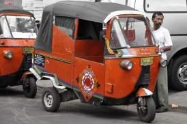 conducteur de tuk-tuk
