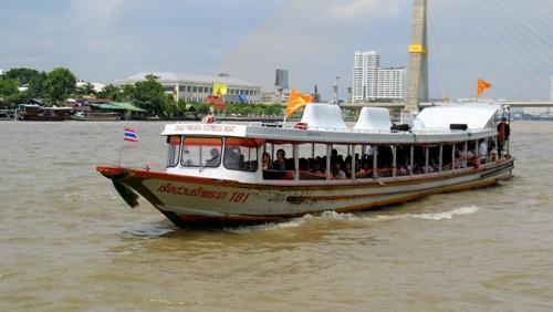 River_bus_-_Bangkok_Thailand_16