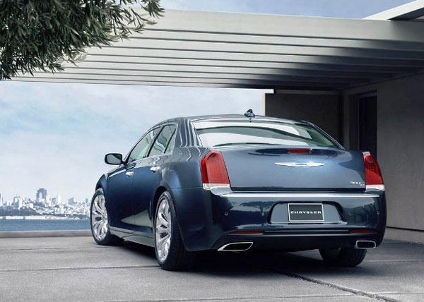 Chrysler 300 back picture