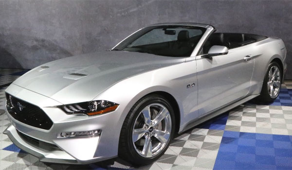 Ford Mustang leje cabriolet USA