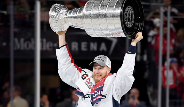 Lars Eller første danske NHL mester