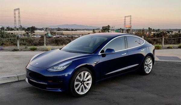 Tesla 3 2018 Blue