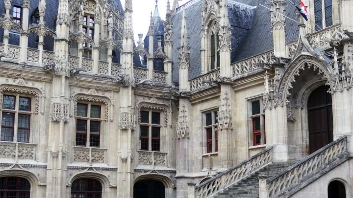 La ville de Rouen, le Palais de Justice