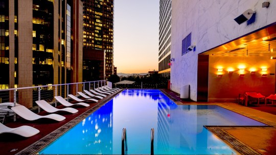 Quels sont les meilleurs hôtels avec piscine intérieure en France?