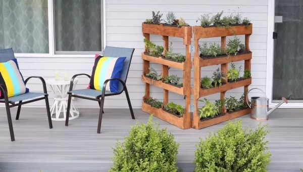 pallet planter vertical garden 25 Easy DIY Plans and Ideas for Making a Wood Pallet