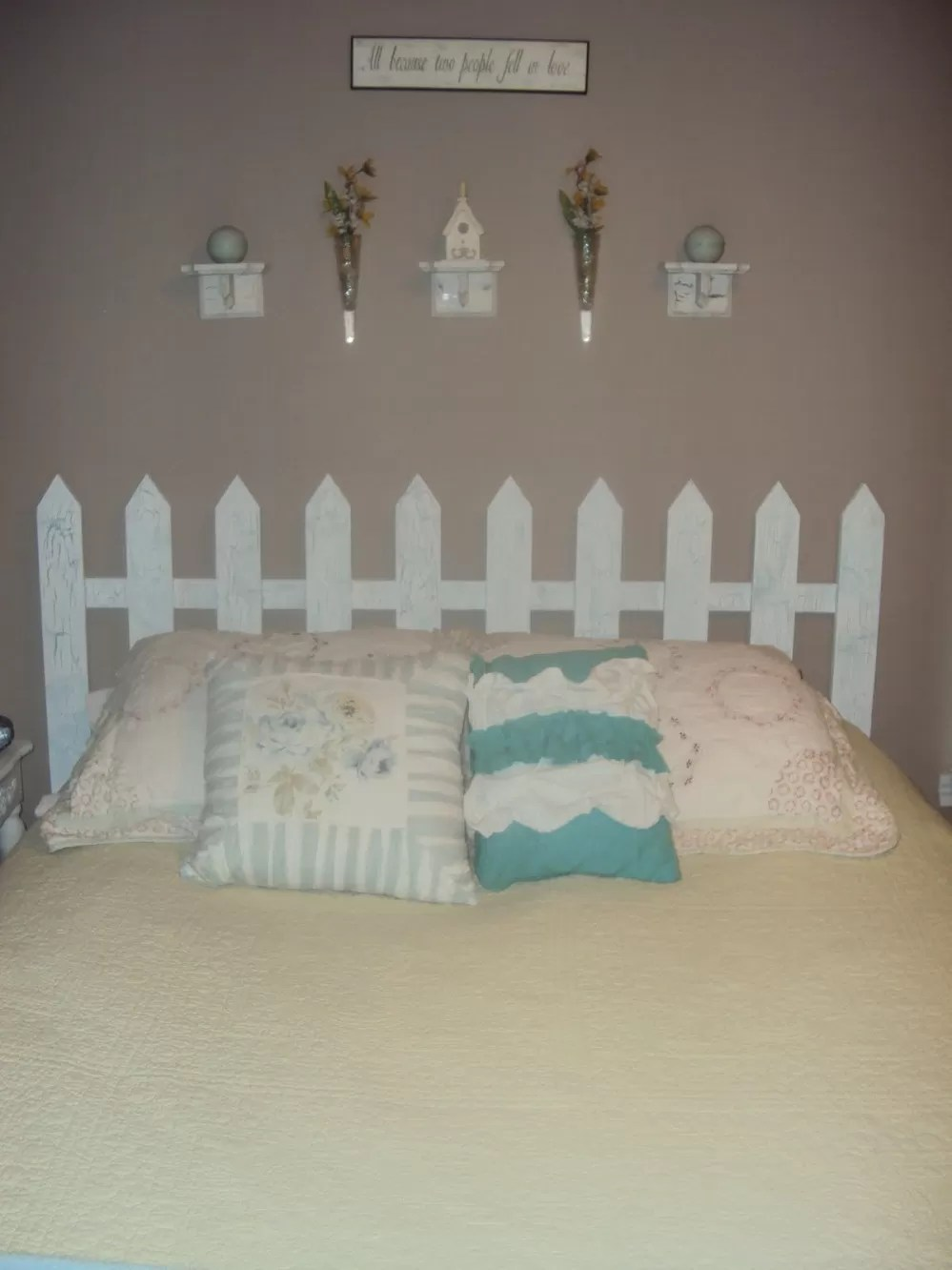 14 Picket Fence Headboard Plans For A Country Look Guide