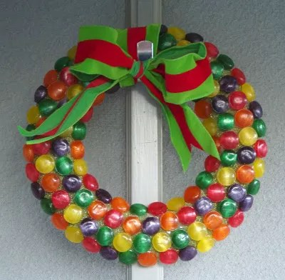 20 Easy Ways To Make A Candy Wreath Guide Patterns