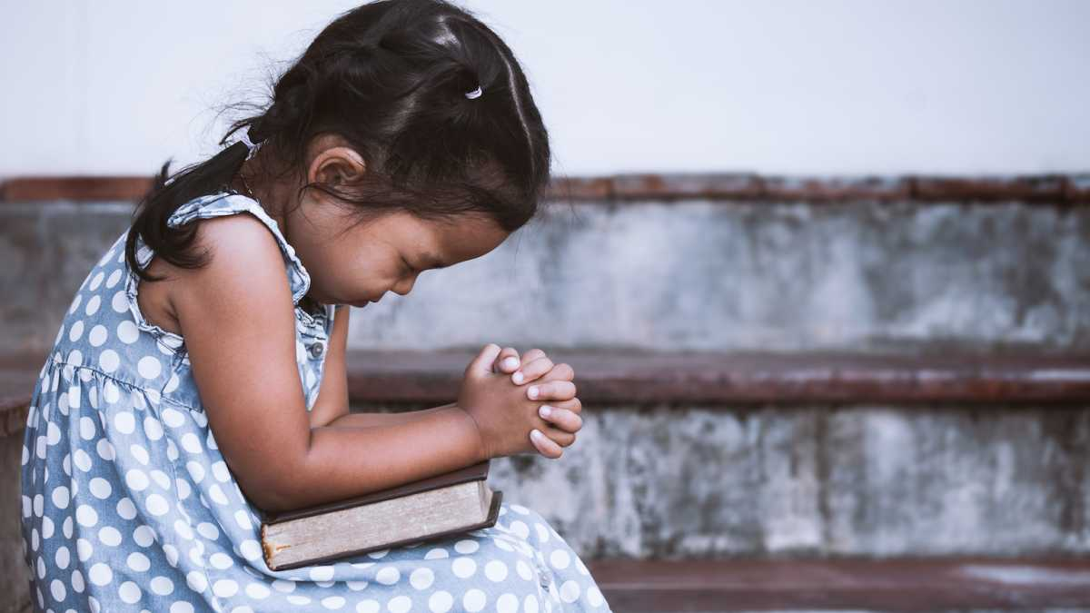 3 Ways To Pray Like A Child Guideposts