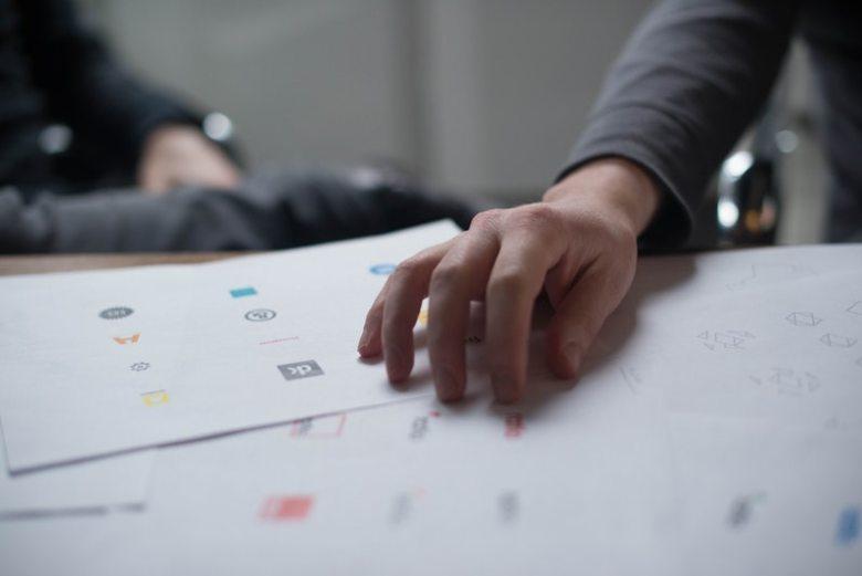 create-great-logos-logojoy