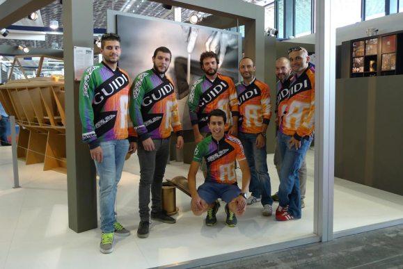 2014: La squadra in visita allo Stand Guidi al Salone Nautico di Genova.