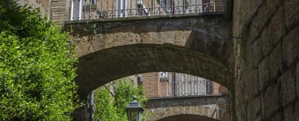 In vicolo dei dolci ad Orvieto