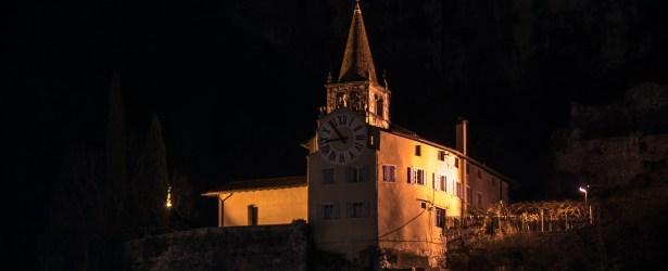 Santuario di Montalbano con illuminazione orologio in posizione OFF