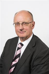 Cllr Geoff Davis