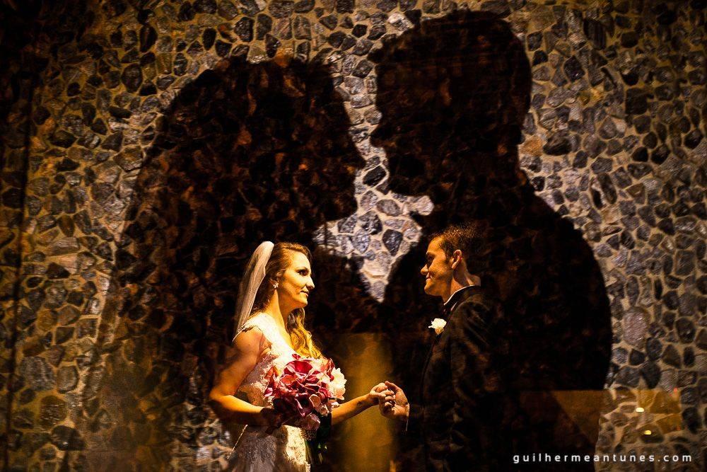 Fotografia de Casamento Luana e Alysson noivos de perfil