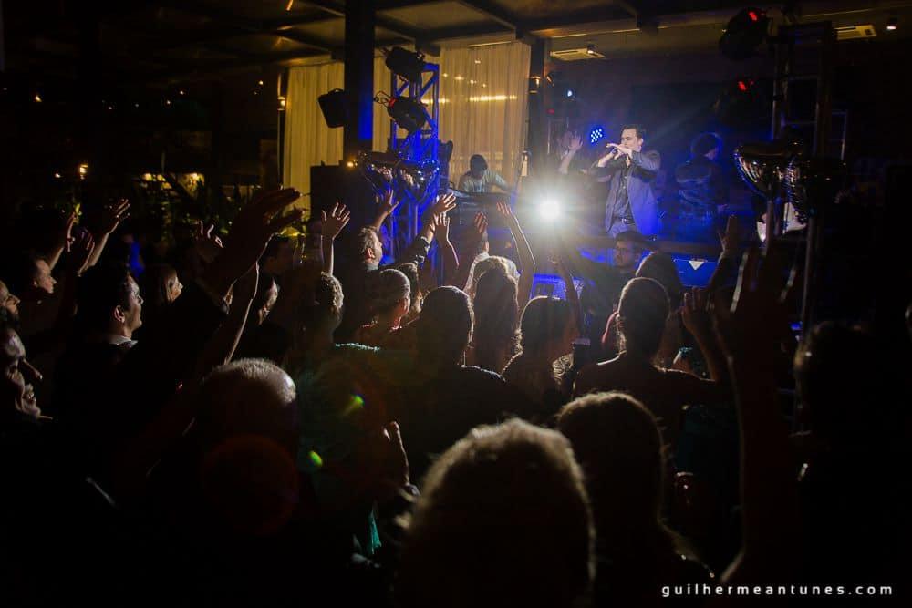 Fotografia de Casamento Luana e Alysson show da banda Society