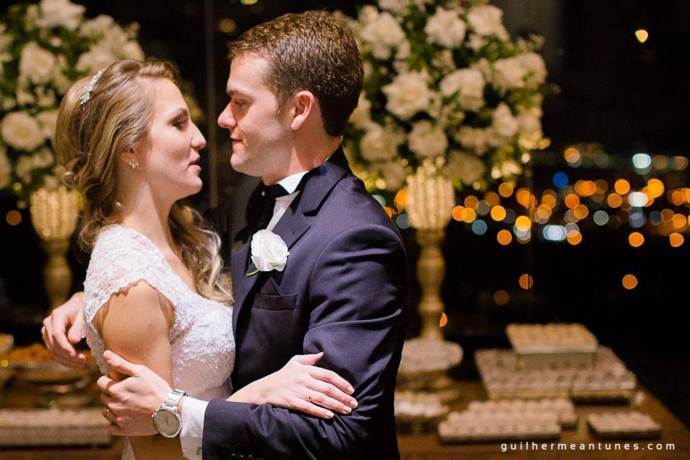 Fotografia de Casamento Luana e Alysson valsa dos noivos de perto