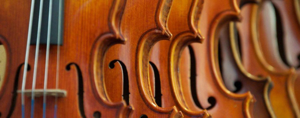 Régler une location est très simple, quelque soit la taille ou le type d'instrument.